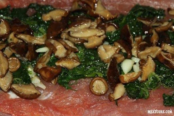 рулет из свинины запеченный в духовке рецепт с фото