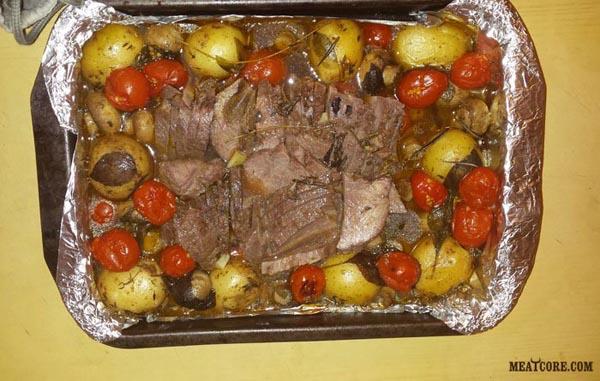 мясо с картошкой в духовке запеченное с фото
