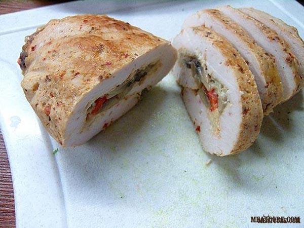 рецепт куриных рулетиков с грибами в рукаве